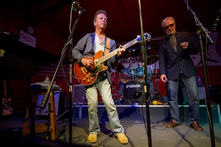 Paul Burris of Blues Business UK on Guitar Soloing in Skipperdome USA