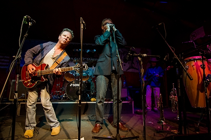 Paul Burris Soloing Blues on Guitar with Roger on Blues Harp & Alan Burris on Bass of Blues Business UK Rok the Skippers Smokehouse USA
