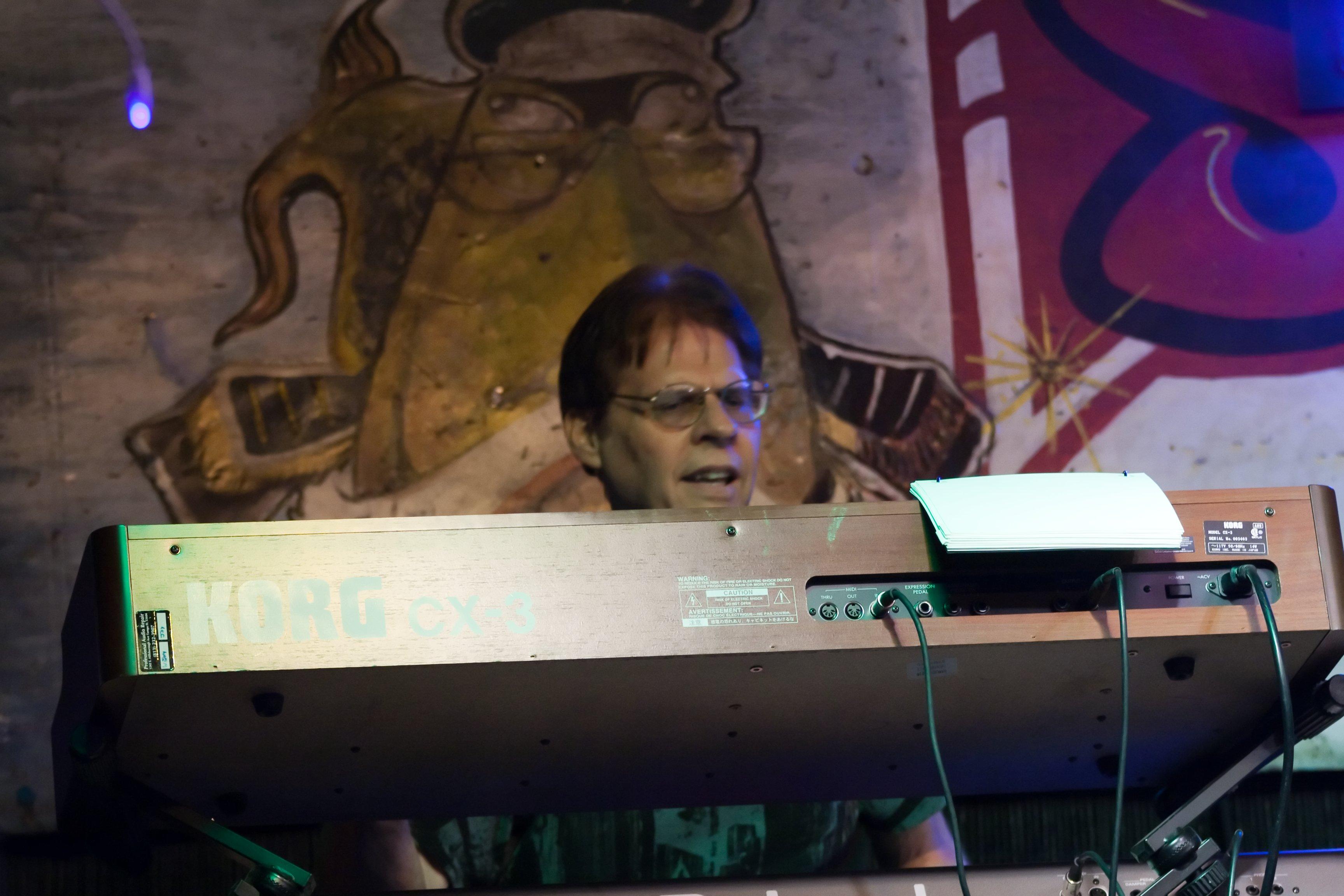 Bud Grudnik in Concert